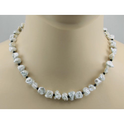 Perlenkette silbergraue Keshi Zuchtperlen mit schwarzen Spinell 45,5 cm-Perlenketten