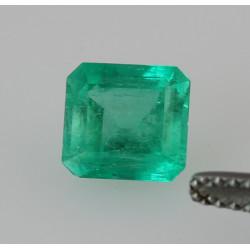 Smaragd aus Kolumbien grüner Smaragd im Treppenschliff 1,42 kts