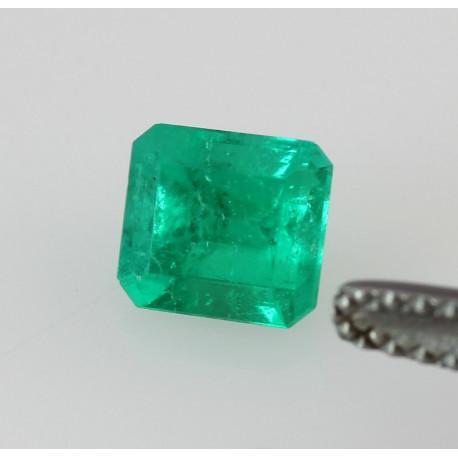 Smaragd aus Kolumbien als faccetiertes Achteck geschliffen 0,78 kts-Edelsteine