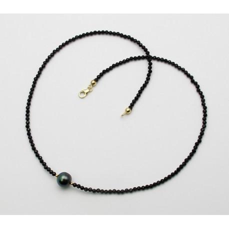 Schwarze Spinell Kette facettiert mit Tahiti Perle-Edelsteinketten