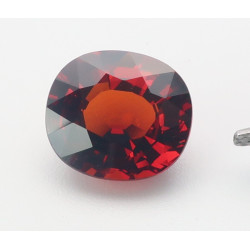 Granat - Spessartin oval facettiert 6,78 Karat