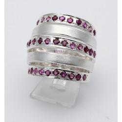 Silber-Ring mit facettierten Rubinen Ringgröße 56