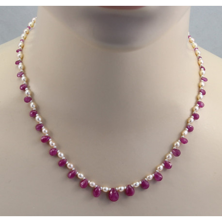Rosa Saphir-Collier mit Perlen in 46 cm Länge