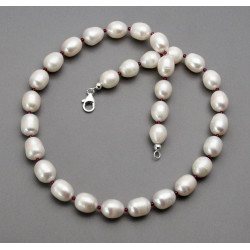 Süßwasser-Perlenkette mit Granat 48,5 cm lang
