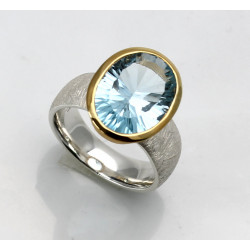 Blau-Topas Ring in Silber mit vergoldeter Fassung Gr. 55
