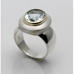 Silber-Ring mit Aquamarin oval facettiert in 585er Goldfassung Gr. 56