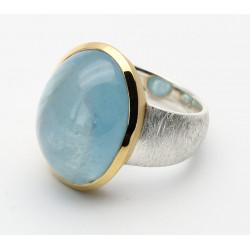 Silber-Ring mattiert mit Aquamarin Cabochon in vergoldeter Fassung Gr. 55