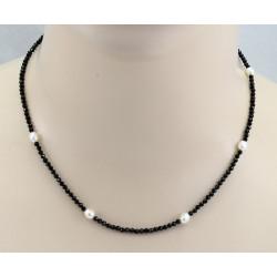 Spinell Kette schwarz mit weißen Süßwasser-Perlen 45 cm lang-Edelsteinketten